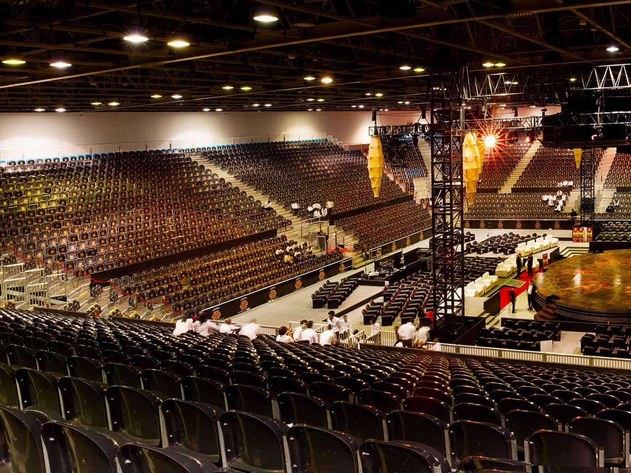 grandstand-seats-events-setup-rental-stadium-seating-sport-management-film-festival-seating-screening-f1-open-air-cinema-12