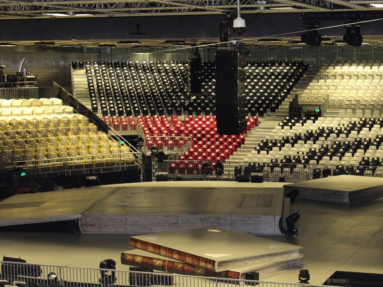 grandstand-seats-events-setup-rental-stadium-seating-sport-management-film-festival-seating-screening-f1-open-air-cinema-15