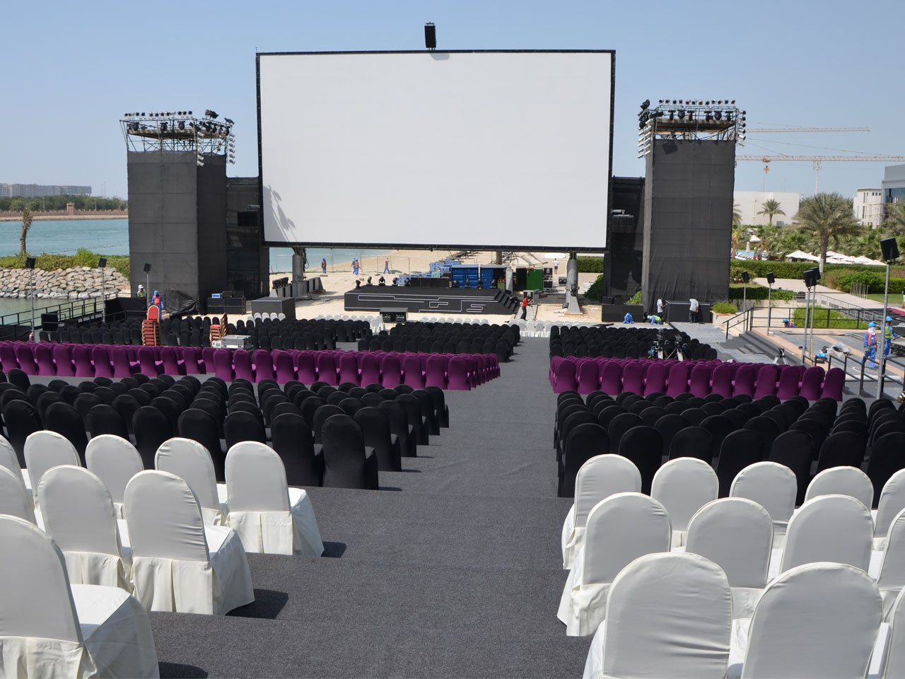 grandstand-seats-events-setup-rental-stadium-seating-sport-management-film-festival-seating-screening-f1-open-air-cinema-32