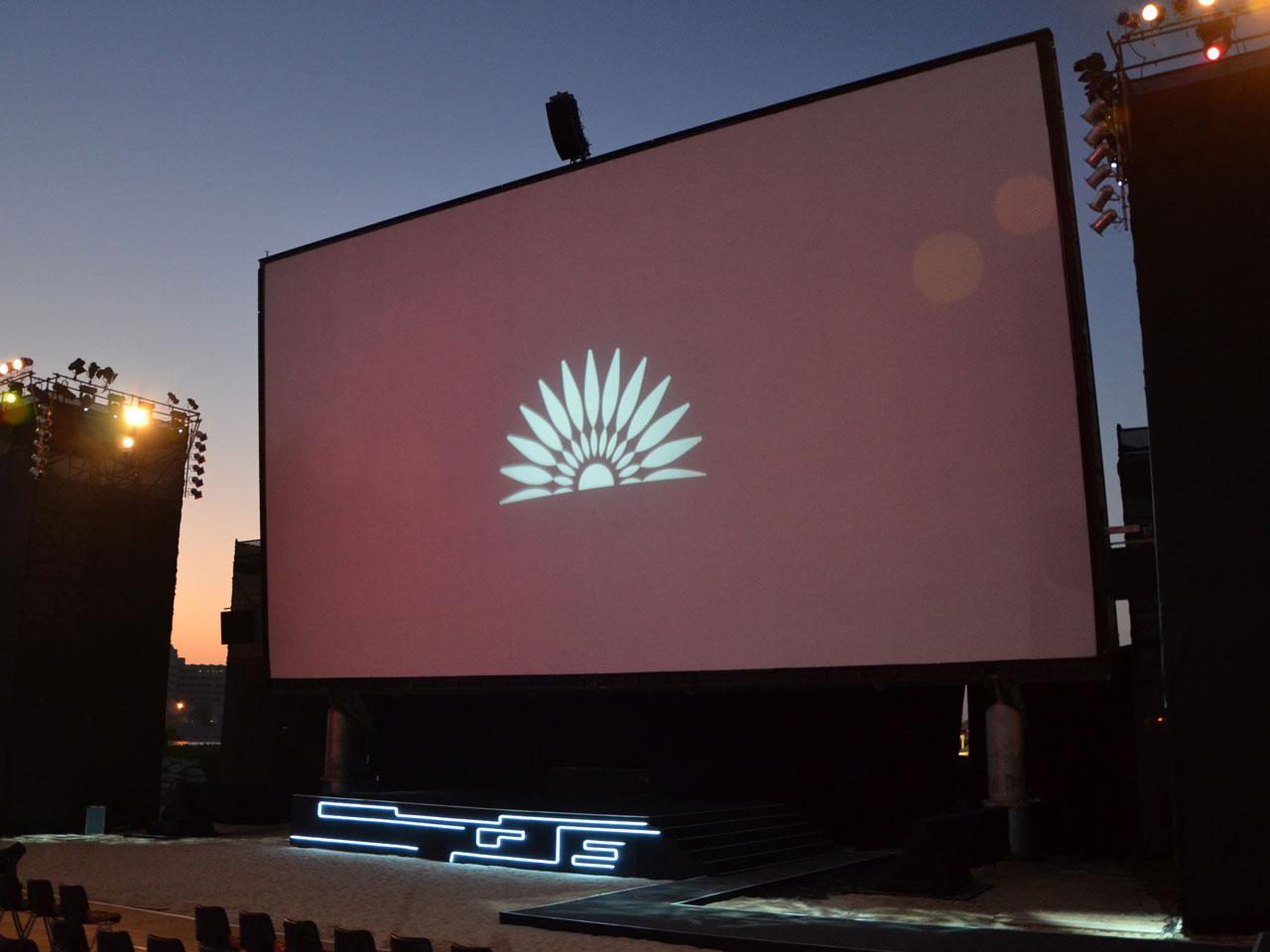 grandstand-seats-events-setup-rental-stadium-seating-sport-management-film-festival-seating-screening-f1-open-air-cinema-33
