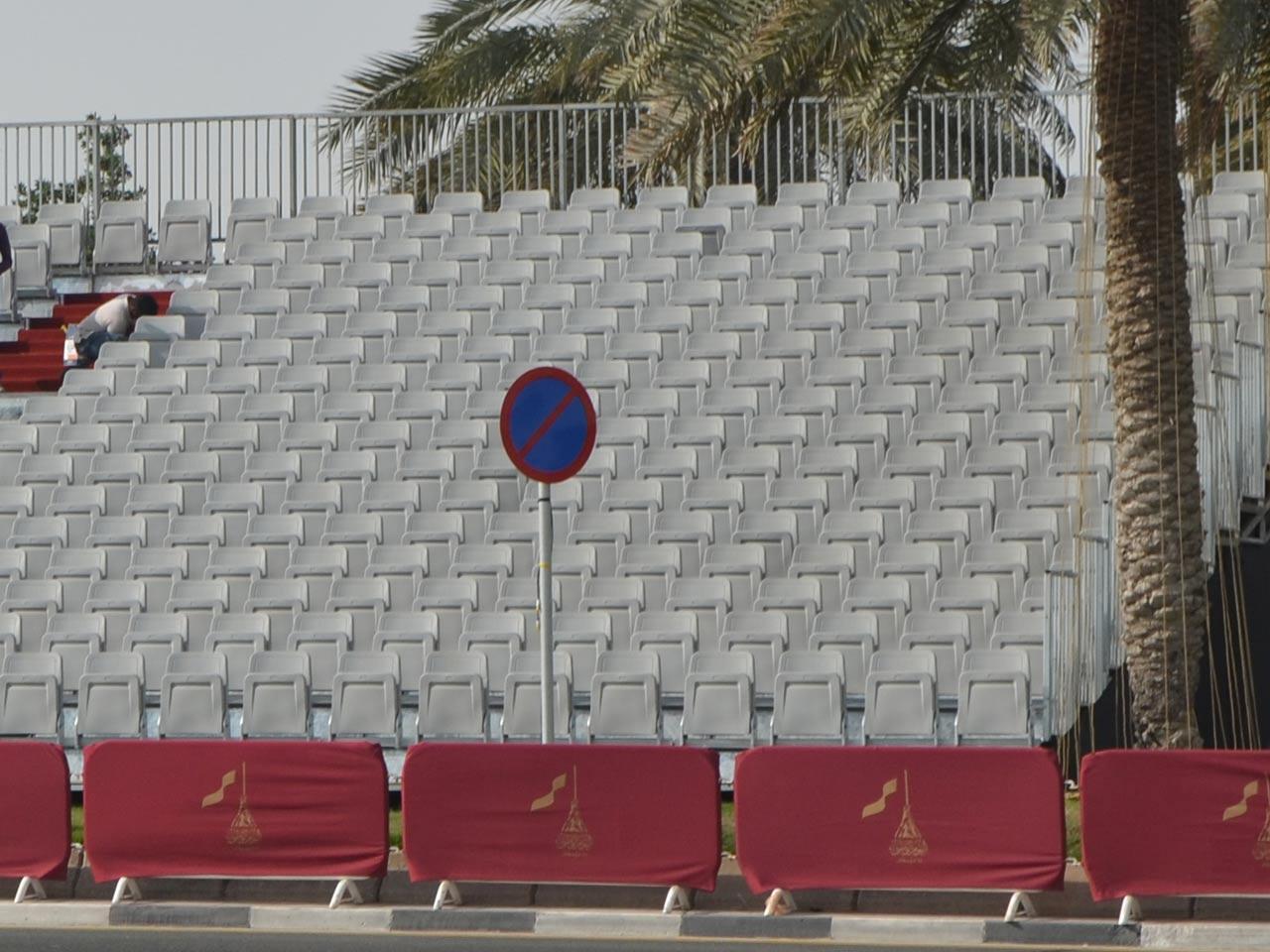 grandstand-seats-events-setup-rental-stadium-seating-sport-management-film-festival-seating-screening-f1-open-air-cinema-4