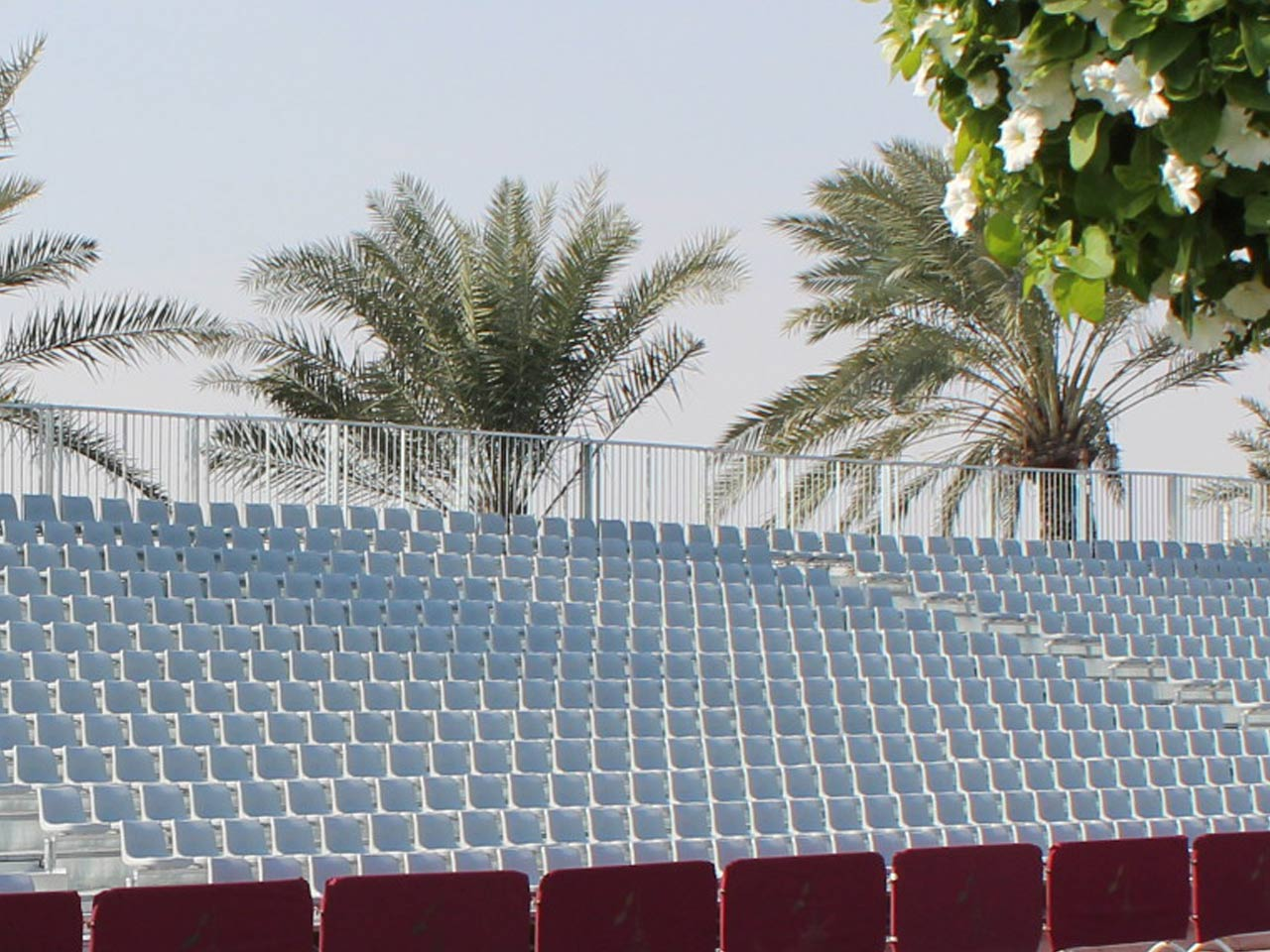 grandstand-seats-events-setup-rental-stadium-seating-sport-management-film-festival-seating-screening-f1-open-air-cinema-6